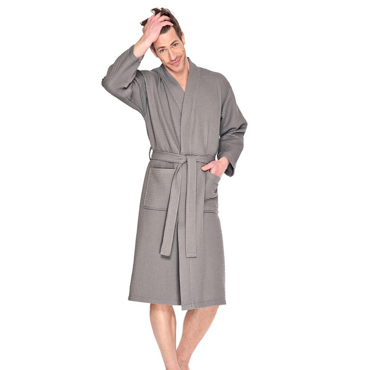 taupe bademantel sauna