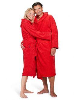 Roter Bademantel mit Kapuze